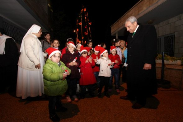 Dec 11 2012 - Bethlehem celebrates Christmas tree lighting Photo by Ahmed Mazhar- WAFA