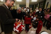dec-11-2012-bethlehem-celebrates-christmas-tree-lighting-photo-by-ahmed-mazhar-wafa-4