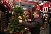 dec-11-2012-bethlehem-is-preparing-for-christmas-photo-by-ahmed-mazhar-2