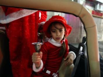 dec-23-2012-ramallah-christmas-palestine-184541_535256169818025_1373618570_n