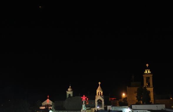 Dec 24 2012 Bethlehem - Square Nativity on Christmas Eve Photo by WAFA