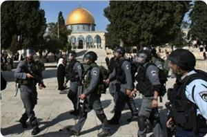 images_news_2013_01_15_aqsa-iof-troops2_300_01