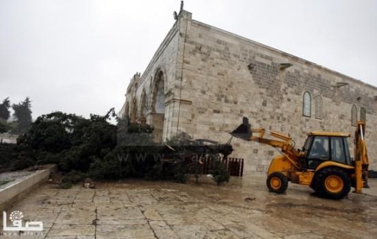 jan-7-2013-aftermath-storm-west-bank-palestine-18