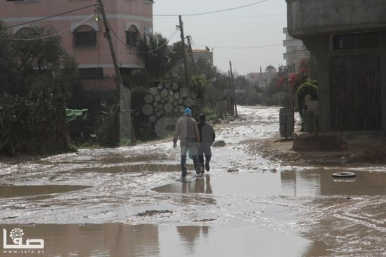 jan-7-2013-aftermath-storm-west-bank-palestine-32