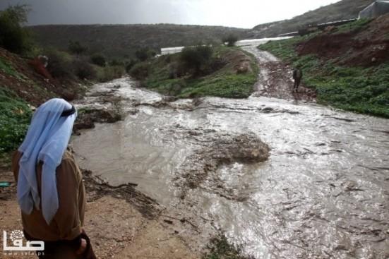 jan-8-2013-floods-and-landslides-in-nablus-photo-by-safa-12