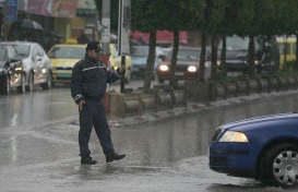 jan-8-2013-jenin-policeman-regulates-traffic-in-jenin-photo-by-seif-dahleh-2