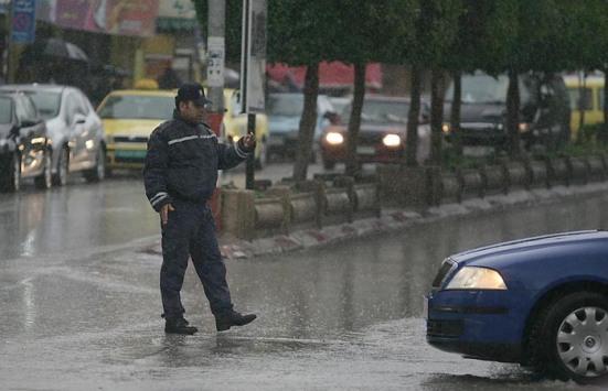 jan-8-2013-jenin-policeman-regulates-traffic-in-jenin-photo-by-seif-dahleh-2
