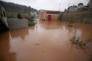 jan-8-2013-jenin-rainwater-flooded-a-number-of-houses-in-jenin-photo-by-seif-dahleh-1