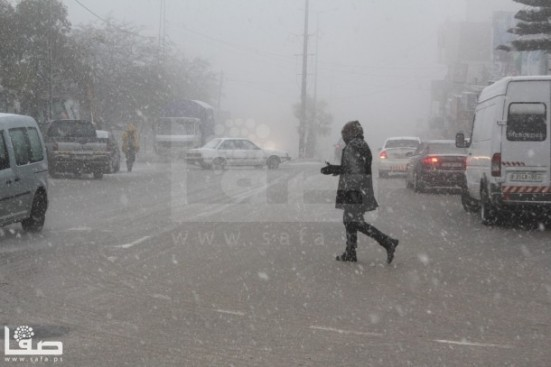 jan-9-2013-hebron-suffers-extreme-weather-and-snow-photo-by-safa-4