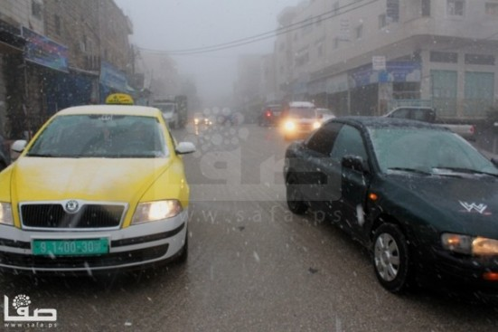 jan-9-2013-hebron-suffers-extreme-weather-and-snow-photo-by-safa-7