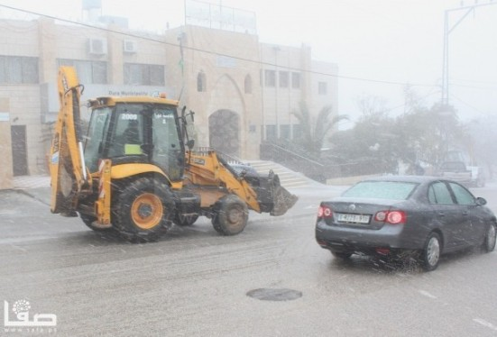 jan-9-2013-hebron-suffers-extreme-weather-and-snow-photo-by-safa-8