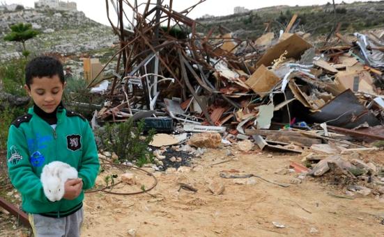 febr-5-2013-beit-hanina-home-demolition-palestine-photo-by-wafa-4