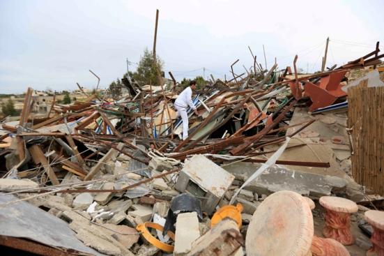 febr-5-2013-beit-hanina-home-demolition-palestine-photo-by-wafa-5