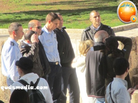 febr-7-2013-settlers-and-armed-forces-desecrate-al-aqsa-mosque-photo-by-qudsmedia-37