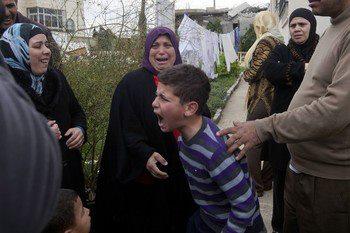 Israel demolishes house in Beit Hanina, Jerusalem-5-Feb-2013-Itspalestinenotisrael_pic-22