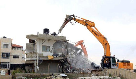 Israel demolishes house in Beit Hanina, Jerusalem-5-Feb-2013-Itspalestinenotisrael_pic-3