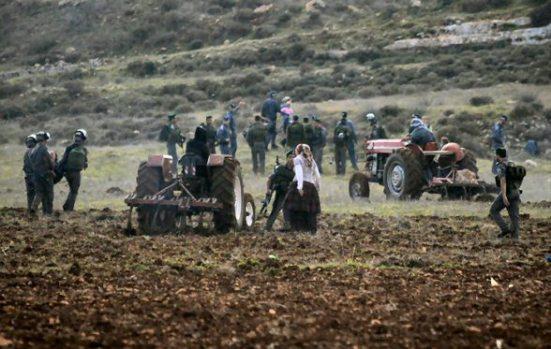jan-2-2013-settler-attack-farmers-jaloud-5