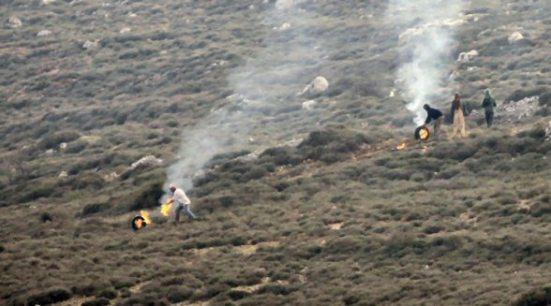 jan-2-2013-settler-attack-farmers-jaloud-7