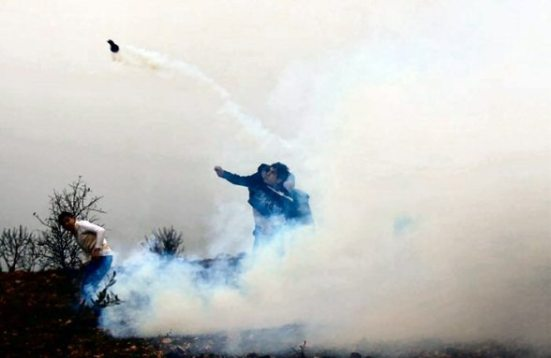 jan-5-2013-clashes-with-israeli-soldiers-after-settler-attack-villagers-e28093-qasra-nablus-district-photo-by-ayman-nubana-1