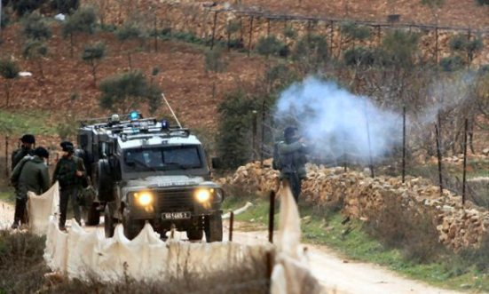 Jan 5 2013 – Clashes with Israeli soldiers after settler attack villagers – Qasra Nablus district Photo by Ayman Nubana