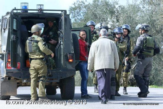 Nabi Saleh weekly demonstration, March 1, 2013_17