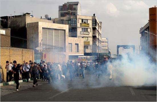 nyt-iran-tear-gas