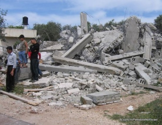Operation_Cast_Lead_Victims_House_Home_destruction_during_Gaza_War_1998__15