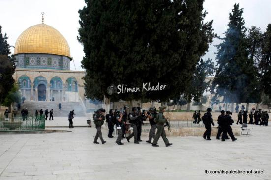 Protest in support of prisoners, Al-Aqsa, Jerusalem, Feb 22_04
