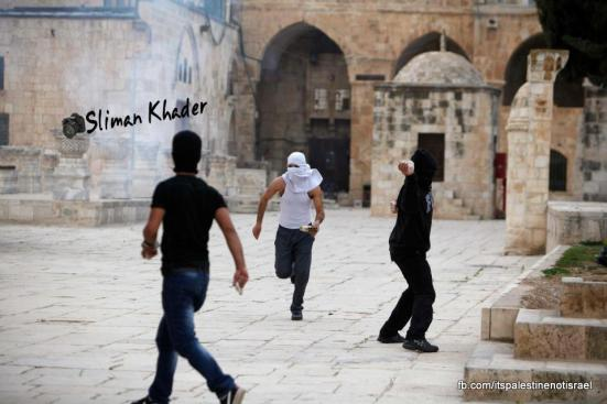 Protest in support of prisoners, Al-Aqsa, Jerusalem, Feb 22_12