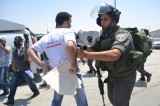 Journalists' protest violently supressed by Israeli forces at Qalandiya checkpoint