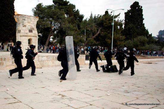 Israeli occupation forces storm Al-Aqsa compound_March_8_2013_06