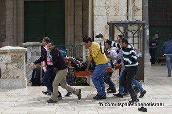 Israeli occupation forces storm Al-Aqsa compound_March_8_2013_12