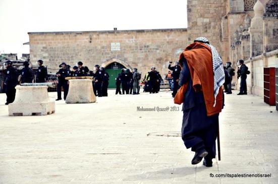 Israeli occupation forces storm Al-Aqsa compound_March_8_2013_21