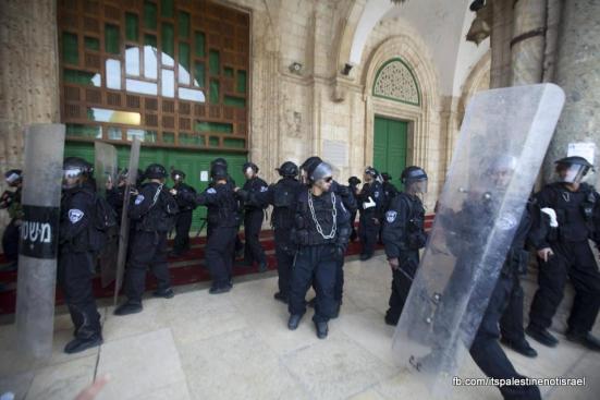 Israeli occupation forces storm Al-Aqsa compound_March_8_2013_37