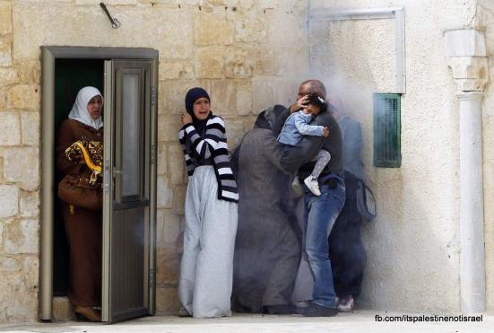 Israeli occupation forces storm Al-Aqsa compound_March_8_2013_42