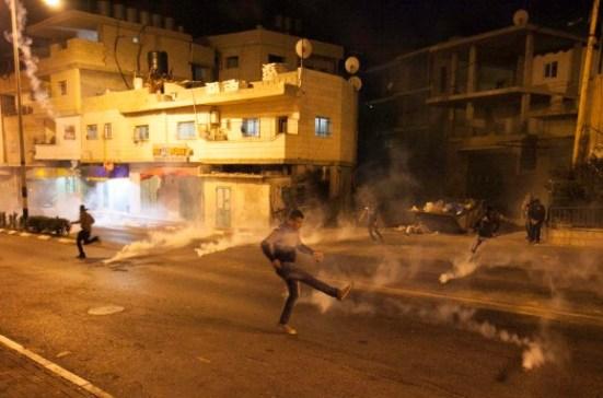activists-protest-palestinian-bethlehem-photos-12