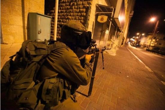 activists-protest-palestinian-bethlehem-photos-13