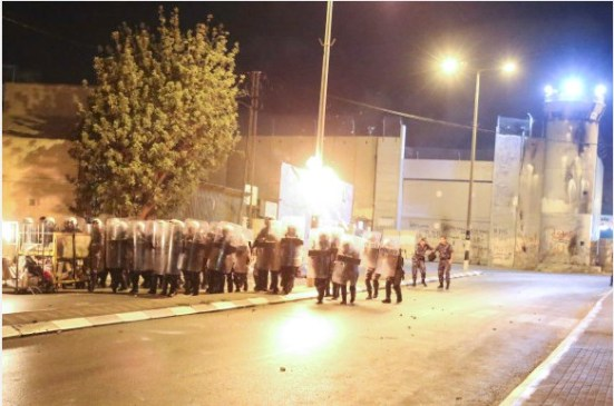 activists-protest-palestinian-bethlehem-photos-2