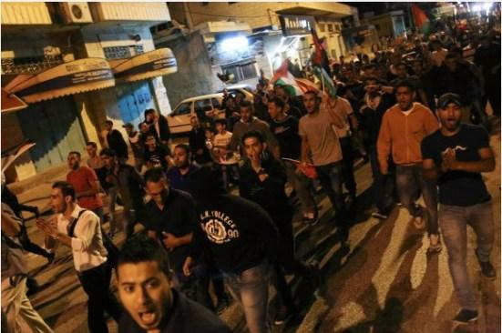 activists-protest-palestinian-bethlehem-photos-3