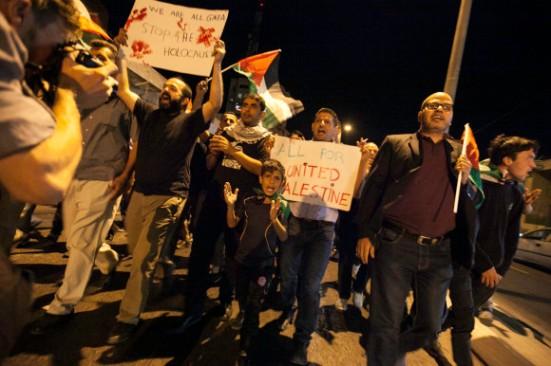 activists-protest-palestinian-bethlehem-photos