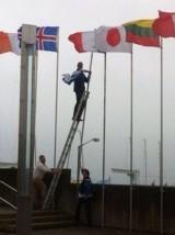 Councillor pulls down Israeli flag inDublin