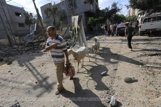 Gaza-under-attack-26-july-2014-photos-014