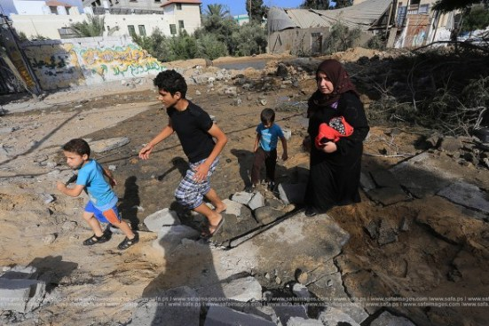 Gaza-under-attack-26-july-2014-photos-029