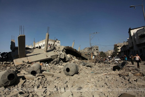 Gaza-under-attack-26-july-2014-photos-038
