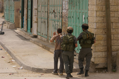 israel-soldiers-used-palestinian-child-as-human-shield