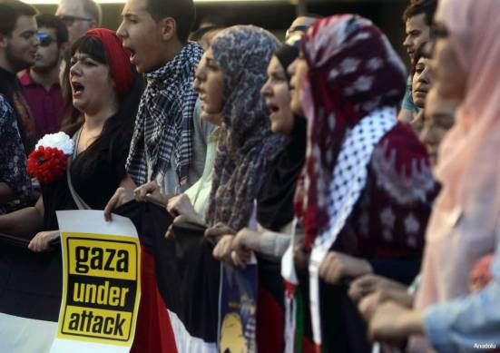 Protest-in-spain-against-Israel-War-on-Gaza-under-attack-007