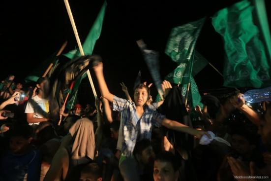 2014-08-27_Gazans-Celebrate-Ceasefire-007