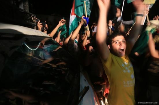 2014-08-27_Gazans-Celebrate-Ceasefire-008