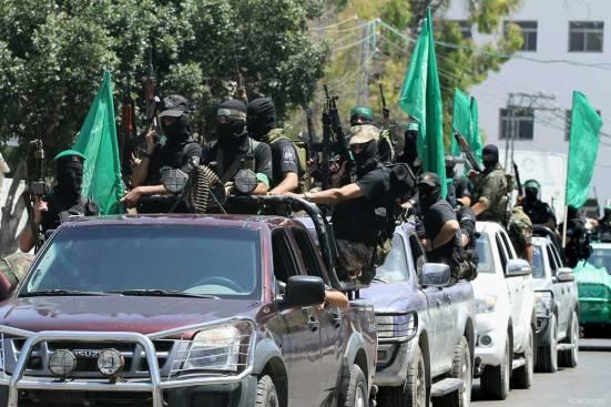 al-qassam-brigade-soldiers-3