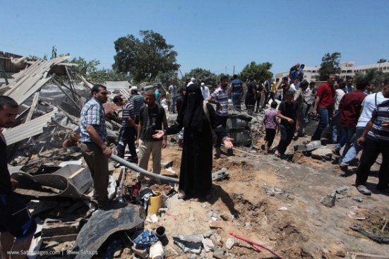 Gaza-under-attack-09-July-2014-photos-043